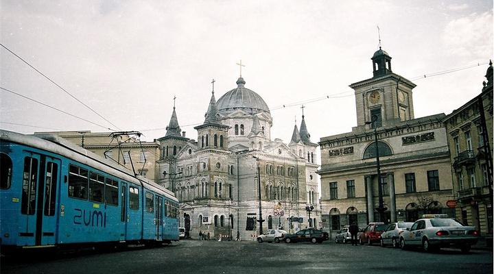 罗兹自由广场旅游图片
