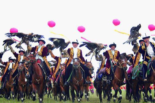 伊犁天马国际旅游节