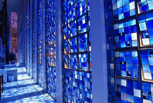 蓝色教堂旅游图片