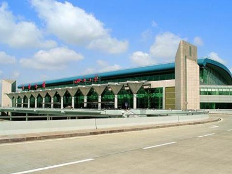 地窝堡国际机场旅游景点图片