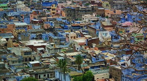 奇陶加尔的市景
