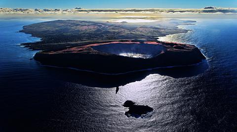 拉诺卡乌火山湖