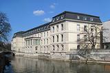 莱纳河城堡
