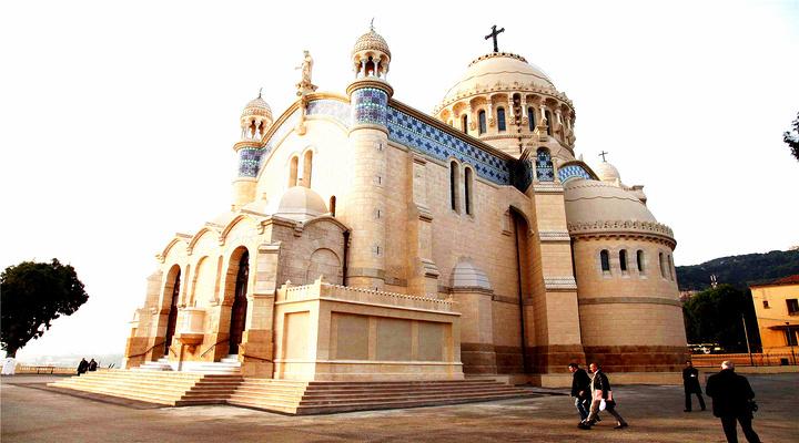 非洲圣母院旅游图片