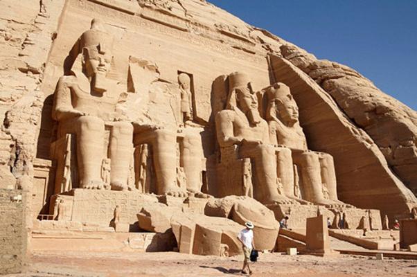 拉美西斯二世神庙旅游图片