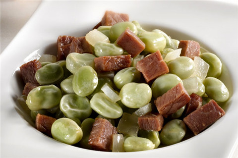 豆类火腿杂烩