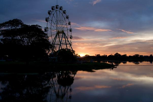 茵雅湖旅游图片