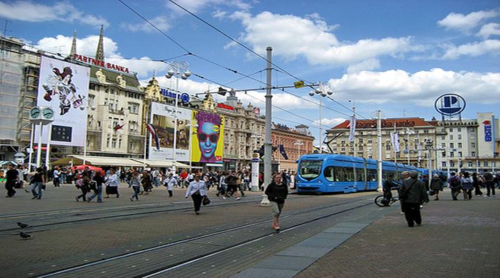 耶拉西奇广场旅游图片