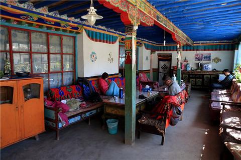 札不让村藏民家旅馆