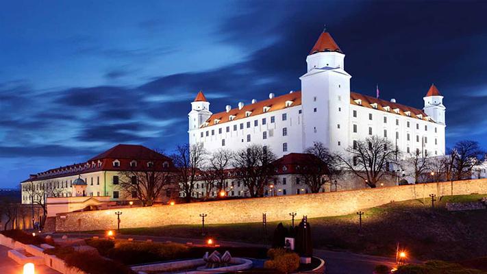 布拉迪斯拉发城堡旅游图片