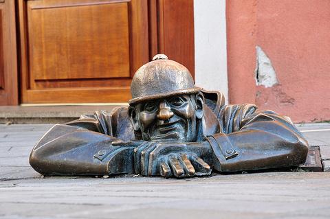 守望者雕像
