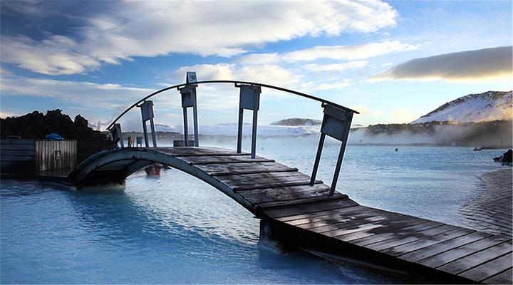 蓝湖旅游图片