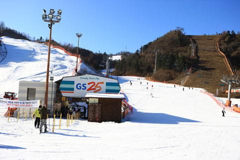 江村滑雪场