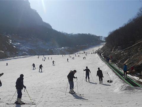 天龙池滑雪场旅游景点图片