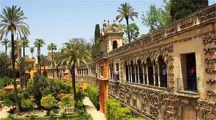 阿卡莎皇宫旅游图片