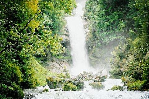 吉斯河瀑布