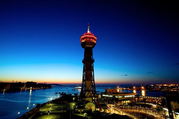 博多港塔旅游图片