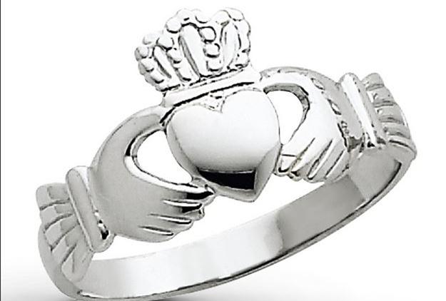 克拉达戒指