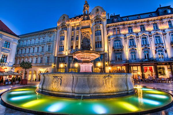 罗兰喷泉旅游图片