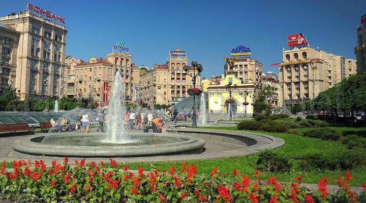 基辅独立广场旅游图片
