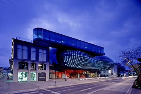 格拉茨现代美术馆