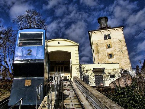 洛特什察克塔旅游景点图片