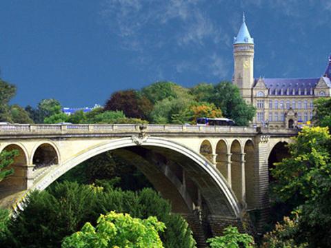 阿道夫大桥旅游景点图片