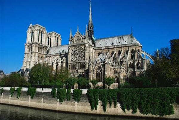 巴黎圣母院旅游图片