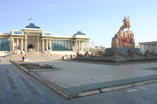 苏赫巴托广场旅游图片