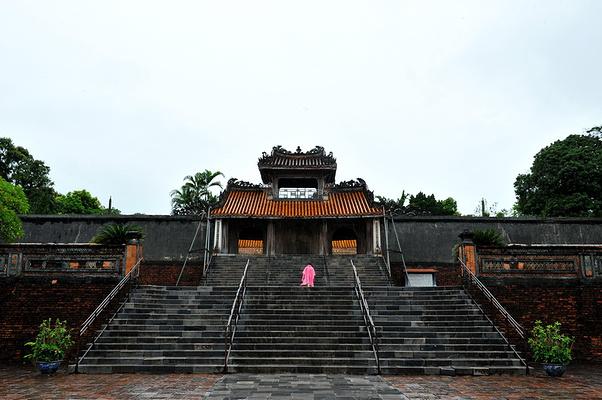 皇家陵墓旅游图片