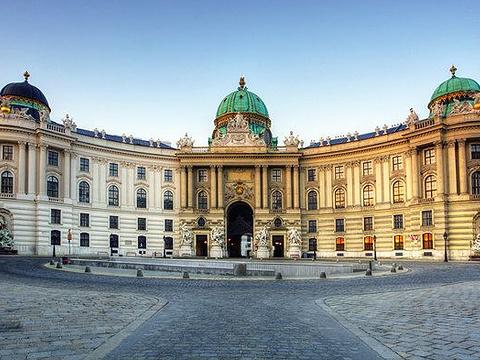 宫廷城堡旅游景点图片