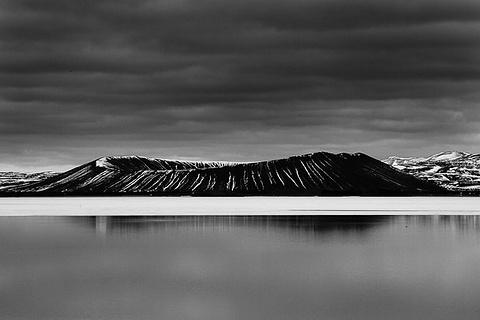 哈法尔火山口