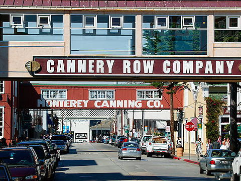 The Cannery Row Monument旅游景点图片