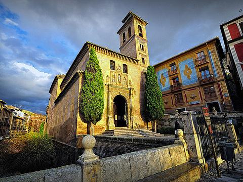 Iglesia de San Gil y Santa Ana旅游景点图片