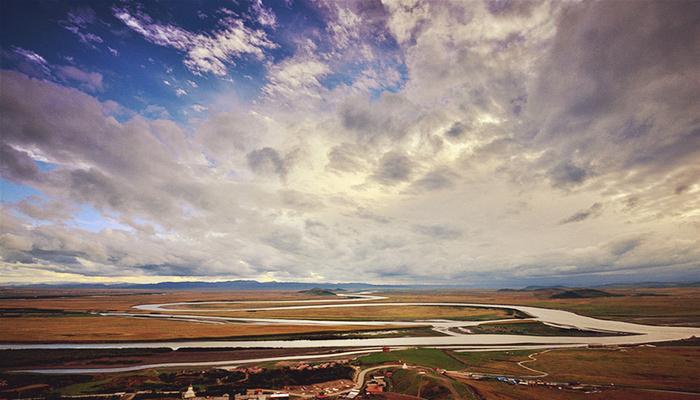 九曲黄河第一弯旅游图片
