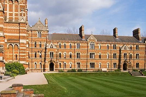 基布尔学院的图片