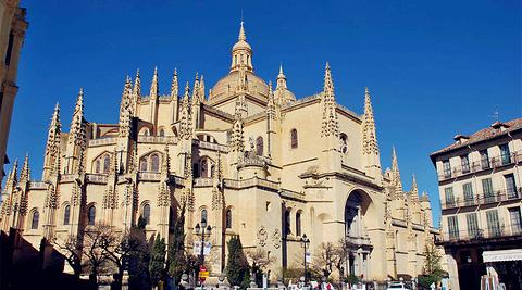 塞哥维亚主教座堂