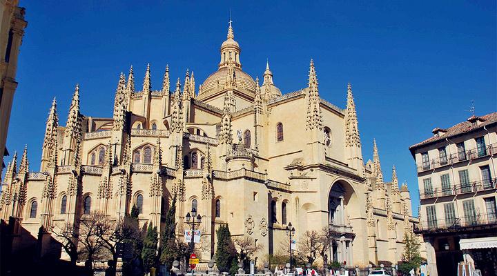 塞哥维亚主教座堂旅游图片