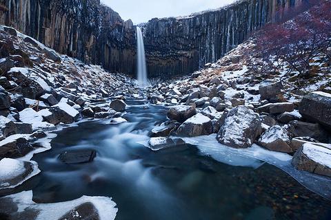 斯瓦蒂瀑布的图片