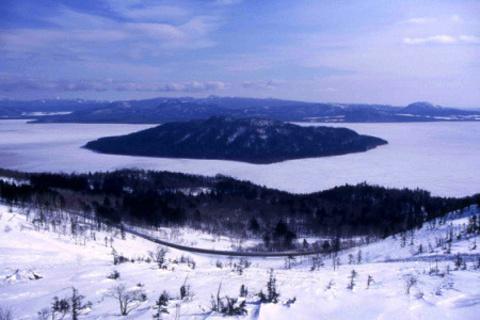 屈斜路湖的图片