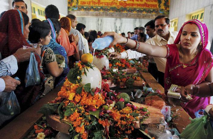 湿婆神节(Mahasivarathri Day)