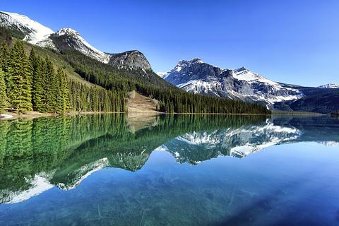 翡翠湖的图片
