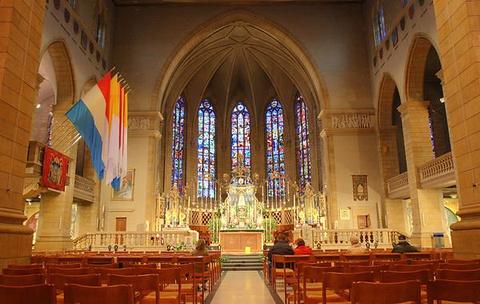 圣母教堂的图片