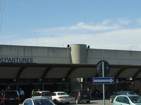 佛罗伦萨-佩雷托拉机场旅游景点图片