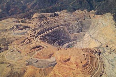 宾汉峡谷铜矿场