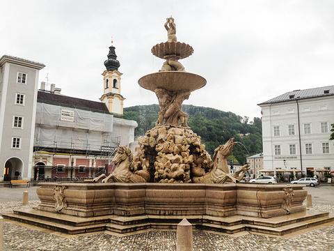 主教广场的图片