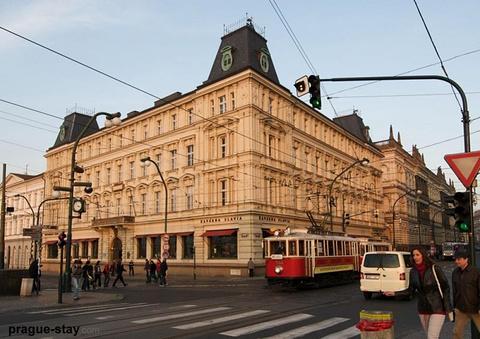斯拉维亚咖啡馆