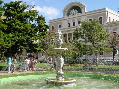 自由广场旅游景点图片