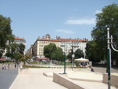 卡诺广场旅游景点图片