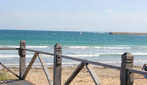 Logans Beach